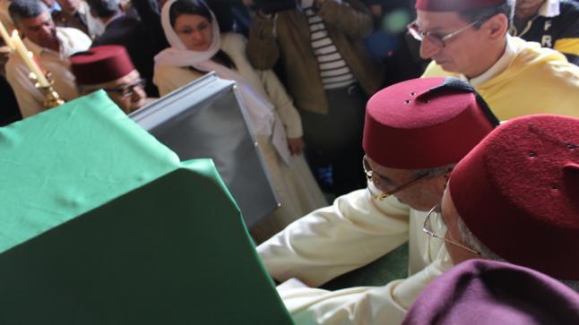 تقديم هبة ملكية لأحفاد الزاوية الشرقاوية في افتتاح موسم أبي الجعد السنوي